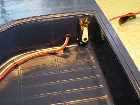 11 Door servo & air hose routed thru rubber gromment