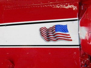 12 Ed also airbrushed the shadow effect on the American flag to match the full size aircraft
