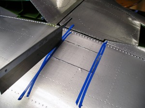 1 Cutting out the bottom wing hatch