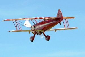 23 Stearman with landing lights dow on take offn4