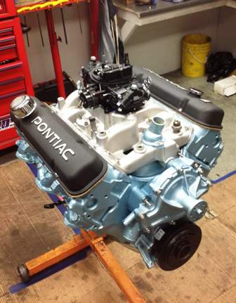 Finished Pontiac 350 Engine (2)