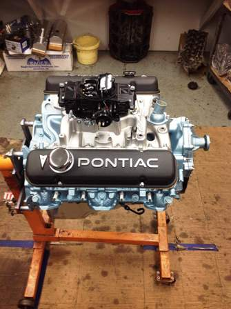 Finished Pontiac 350 Engine (4)