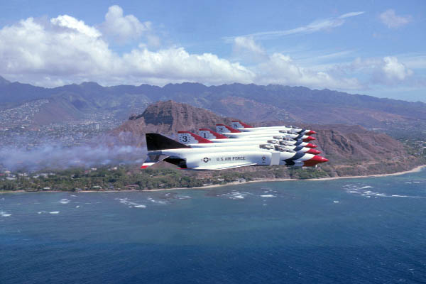 Thunderbirds-photos-003